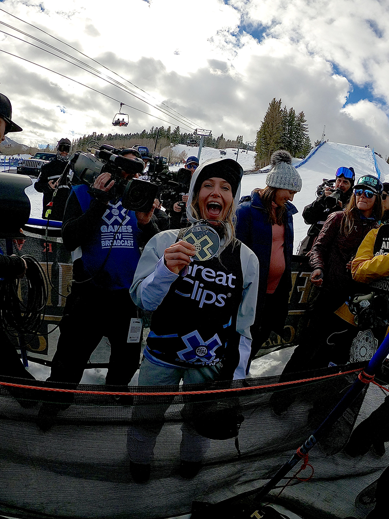 jamie anderson 2020 x games earns gold in slopestyle. secures 17 x games gold medal total.