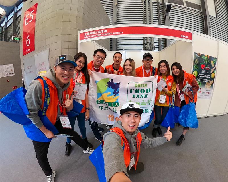 GoPro Employees in Shanghai Volunteer